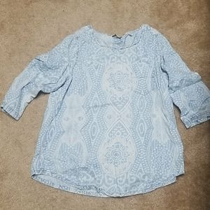 Light printed chambray top never worn